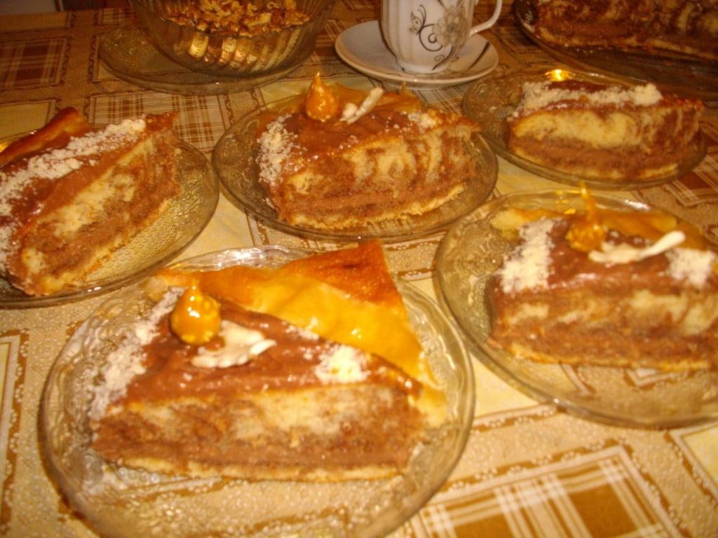 торта с кокосов крем